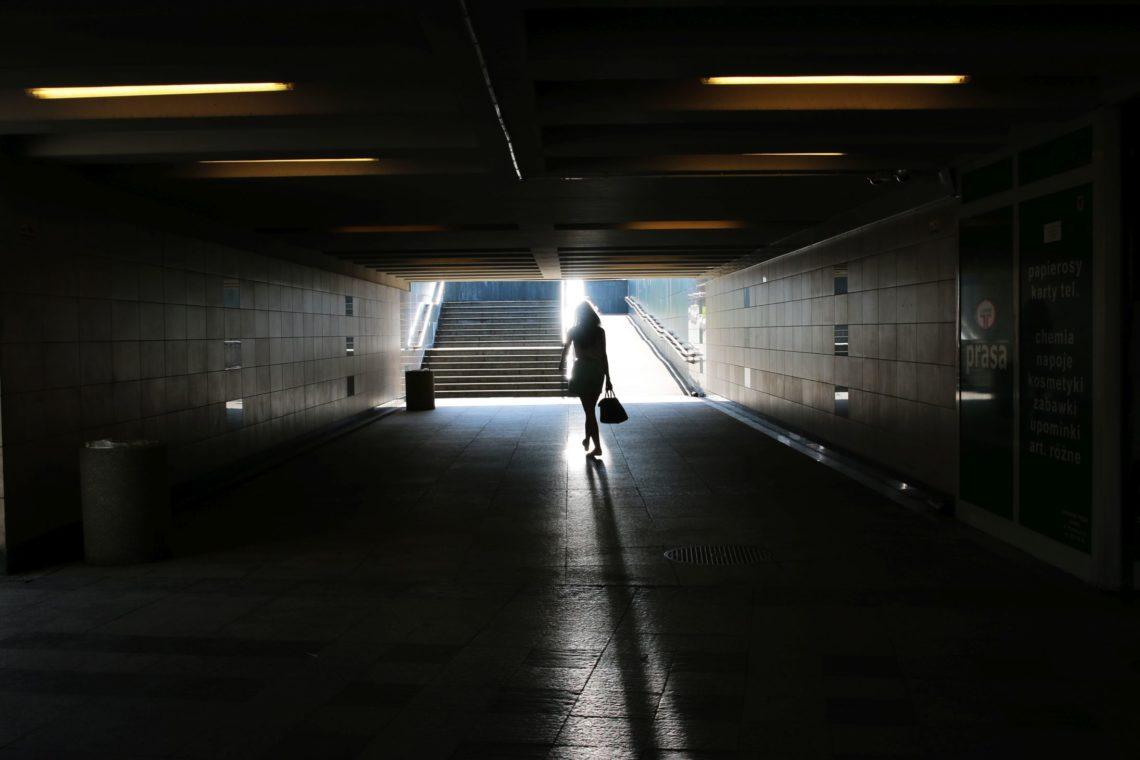 Światło zamknięte w kadrze. autor: Romana Majowska