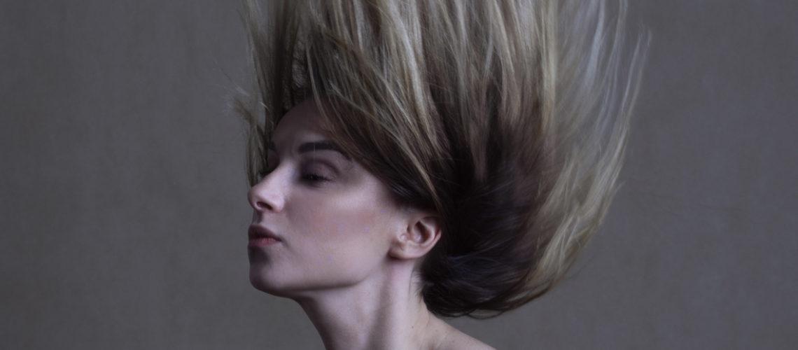 autorką zdjęcia jest Anna Wojdyło. Modelka - Daniela Ziemian